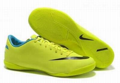 Chaussures de foot noir pas cher chaussures de foot pas - Tirage photos gratuits sans frais de port ...